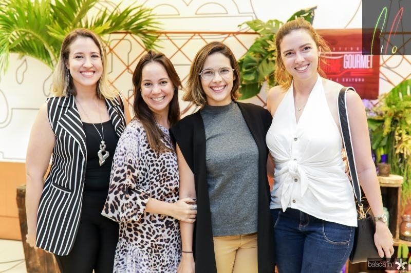 Izaqueline Ribeiro, Manoela Bezerra, Joana Ramalho e Renata Porto