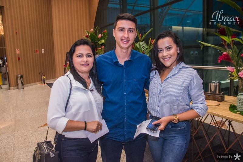 Francisca Teles, Silvano Nobrega e Amanda Ferreira