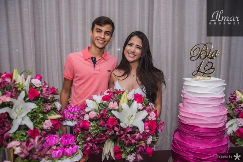 Lucas Sales e Bia Teixeira