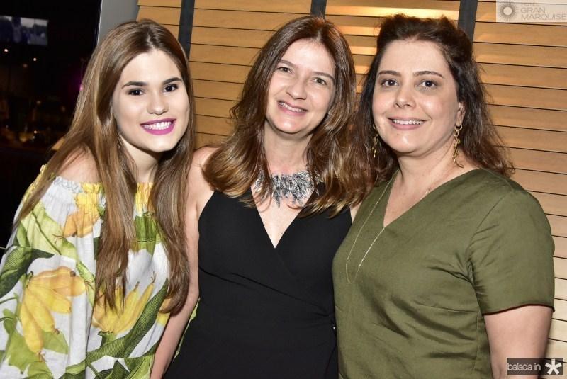Mariana Filgueiras, Lavinia Dubanhavitz e Claudia Gradvohl