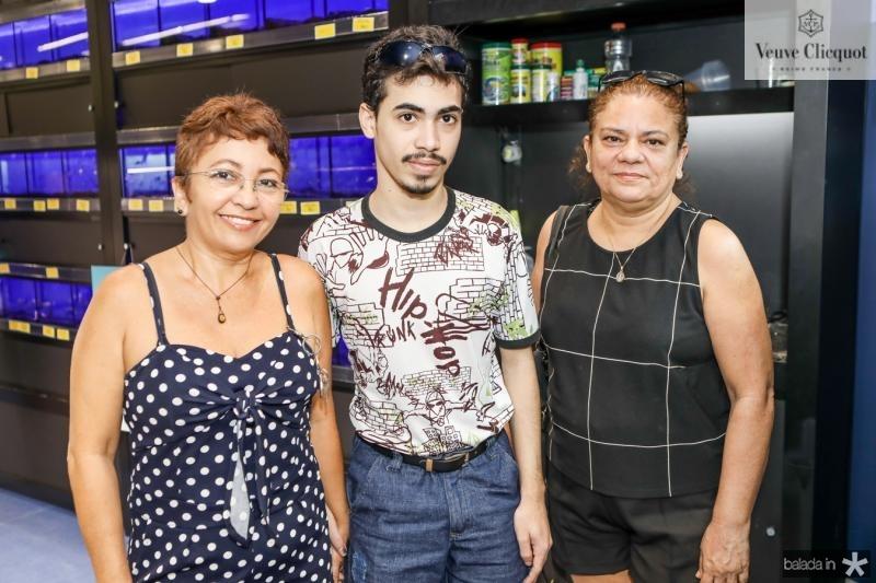 Katia e Lucas Santos e Maura Marcos