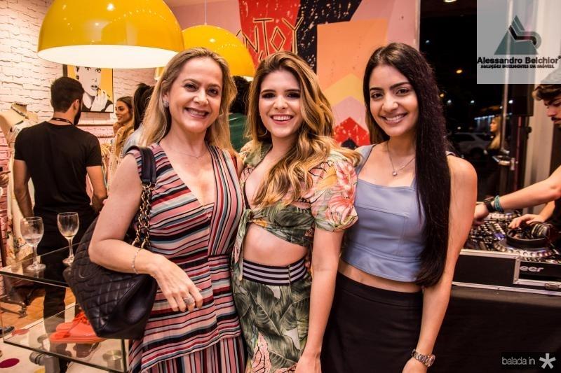 Cristiane Ary, Marcella Feitosa e Carolina Ary