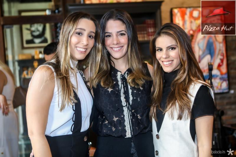Manoela Melo, Carla Brasil e Manoela Rolim