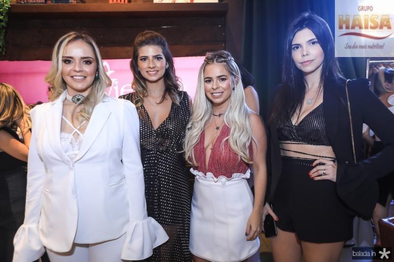 Carolina Aragao, Graziele Albuquerque, Mariana Tavora e Milena Munhoz