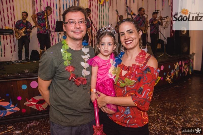 Daniel, Olivia e Luana Amoreira