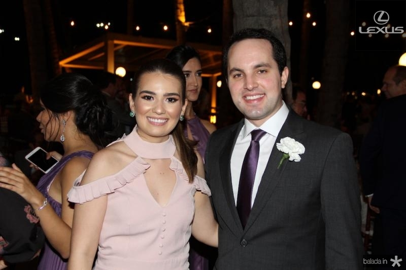 Manuela Ca?mara e Toma?s Morais