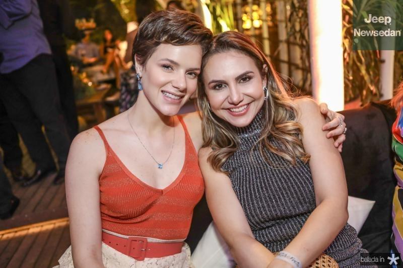 Paulinha Sampaio e Adriana Queiroz
