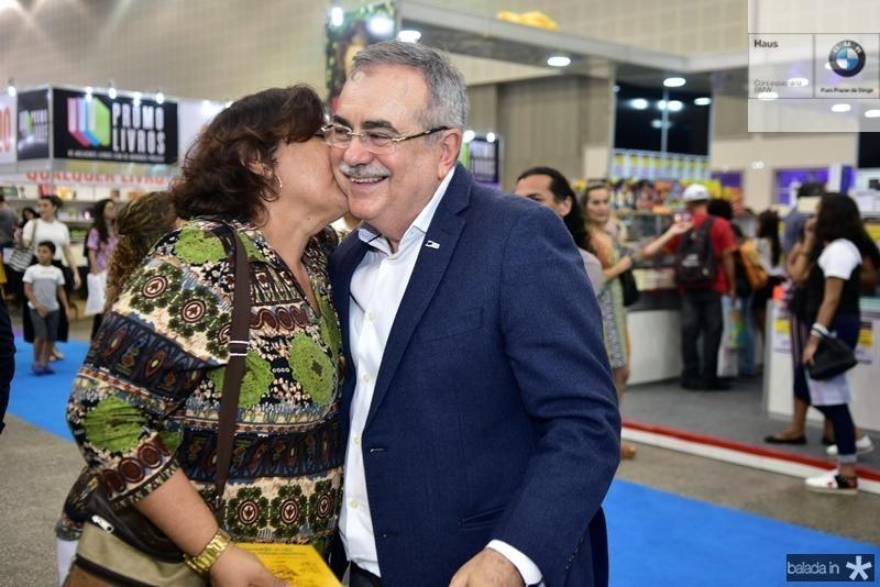 Claudia Andrade, Assis Cavalcante