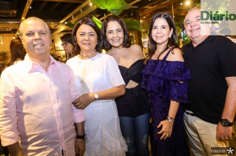 Claudio Studart, Guiomar Feitosa, Giana Studart, Maria Lucia e Pedro Carapeba