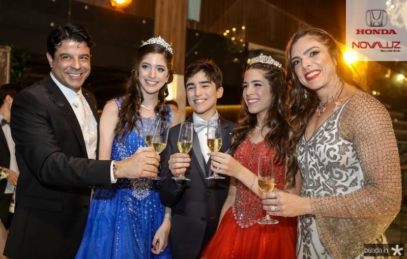 Ronaldo, Isabel, Miguel, Maria Beatriz e Beatriz Otoch