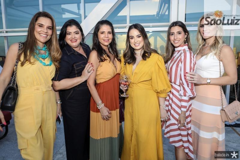 Ana Paula Domene, Vivi Barreto, Maria Lucia Negrao, Marcela Medina, Tayra Romcy e Patricia Jereissati