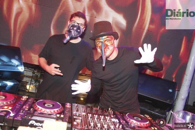 DJs Joao pedo e Savio Machado