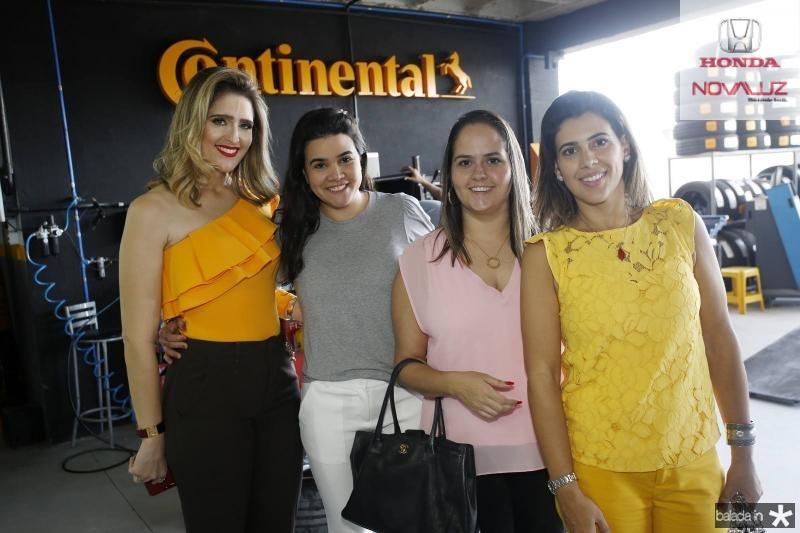 Rebeca Bastos, Priscila Leal, Carol Rocha e Miriam Bastos