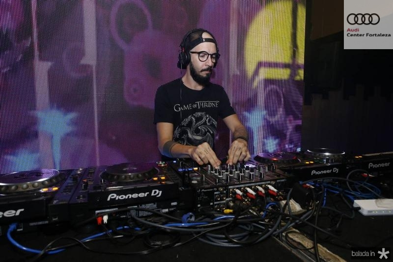 DJ Fil 3
