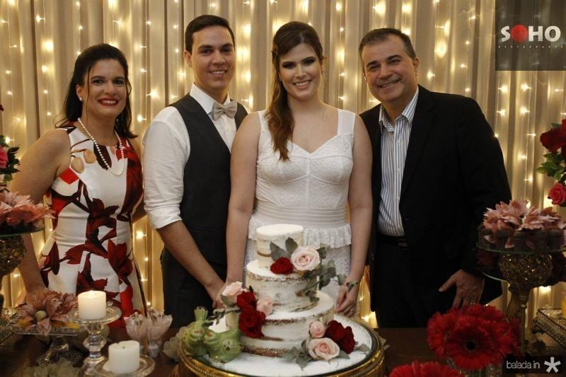 Luciana Bezerra, Paulo Victor, Ana Maria e Ricardo Bezerra