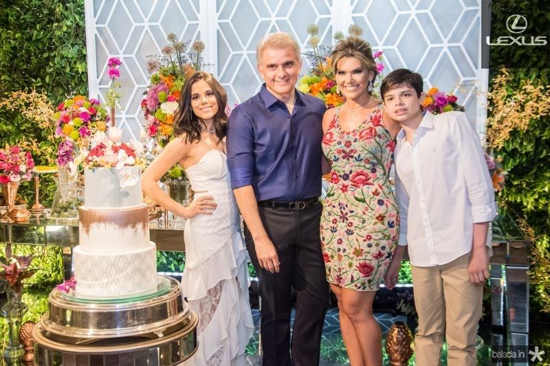 Cristiane Cruz, Afranio Plutarco, Pauliani Campos e Cristiano Filho