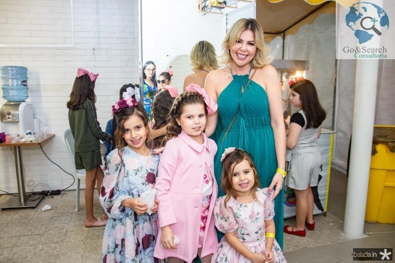 Lolinha, Maria Valentina, Dorinha Moreno e Patricia Dias