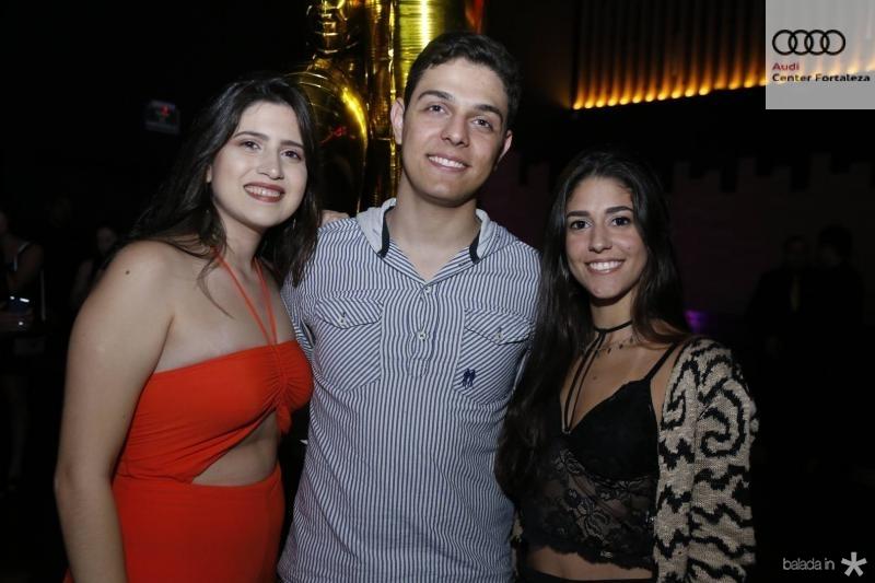 Carol Carioca, Victor Teles e Paloma Alves