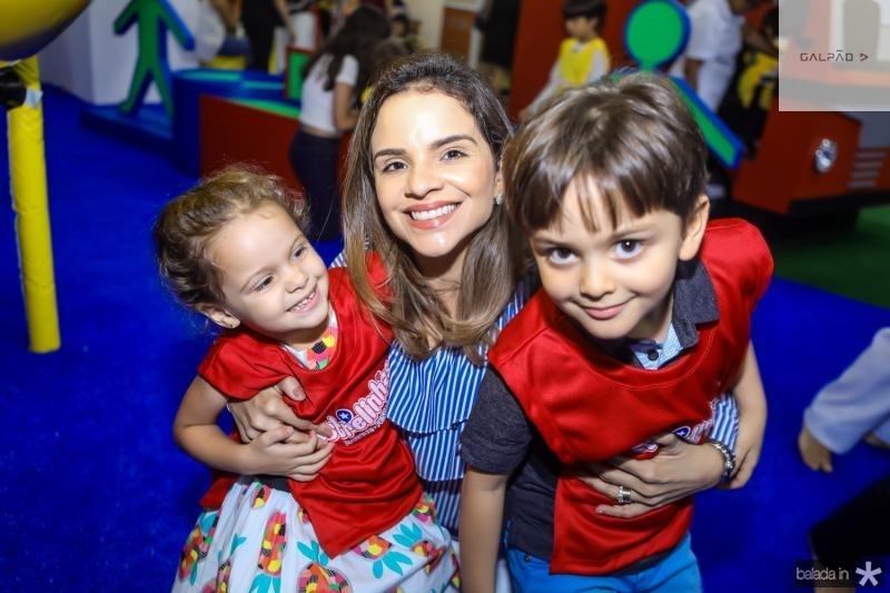 Livia, Viviane e Eduardo Martins