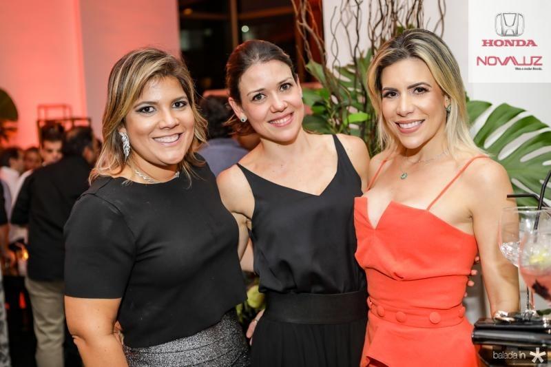 Gisela Vieira, Roberta Feitosa e Jaiana Porcino