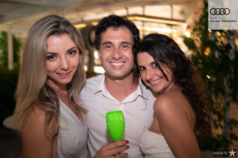 Carol Malheiros, serginho Malandro e Marcela Casarin