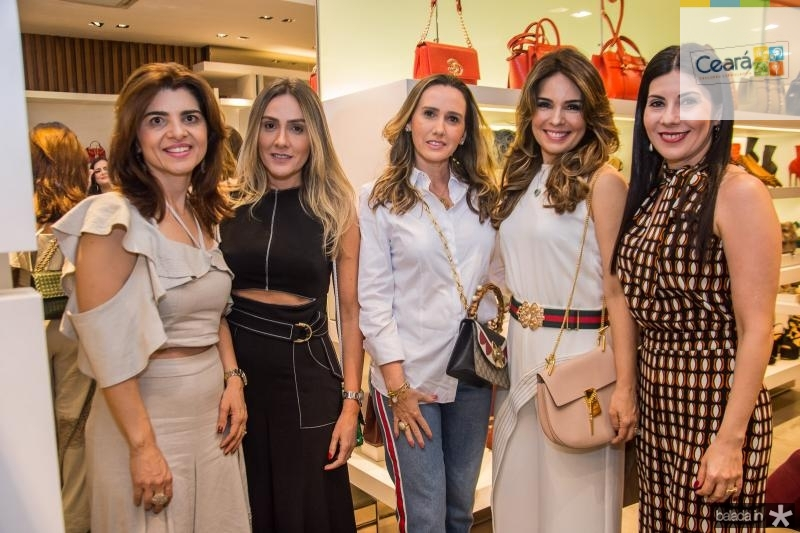 Rilka Bezerra, Renata Ciriaco, Roberta Nogueira, Eveline Fujita e Lia Linhares