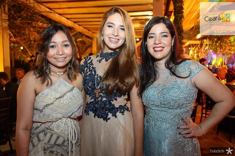 Lara Marinho, Julia Andrade e Barbara Torres