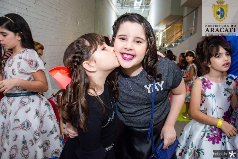 Rafaela e Lara Wanderley