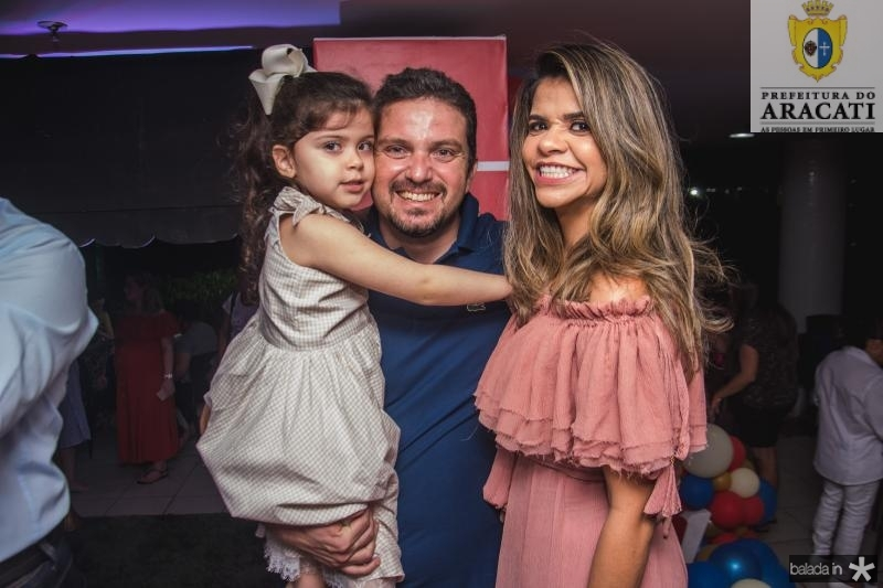 Maria Clara, Pedro e Vanessa Lessa