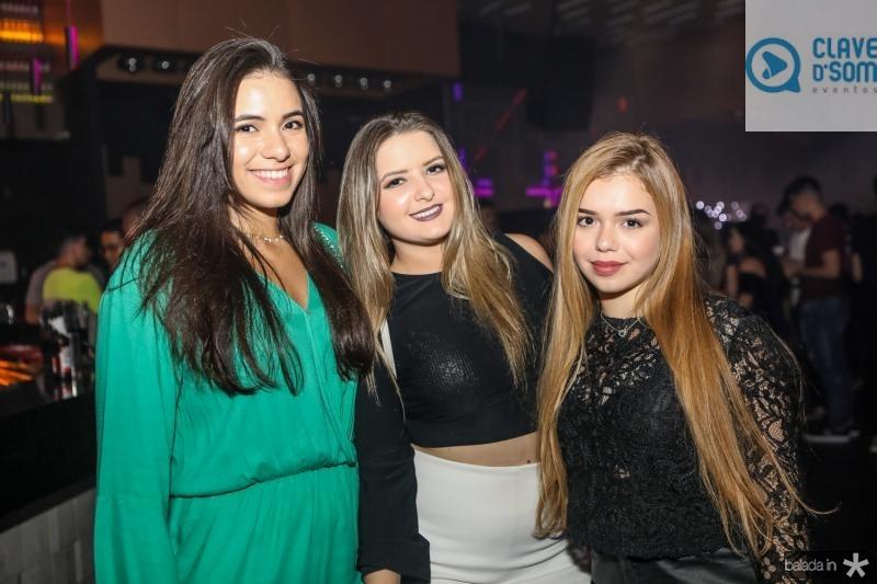 Rafaela Ribeiro, Luzia Teixeira e Sarah Friesthin