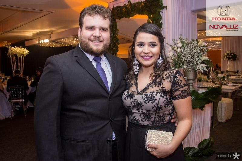 Thiago Onofre e Priscila Loyola