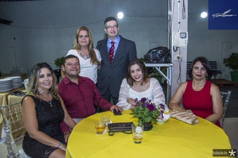 Joana Felcha, Eduardo Flecha, Yara Salema, Leonardo Salema, Vitoria Flecha e Joelma Almeida
