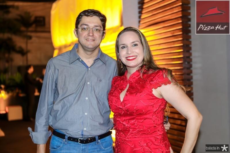 Thiago Leite e Eline Rebouças