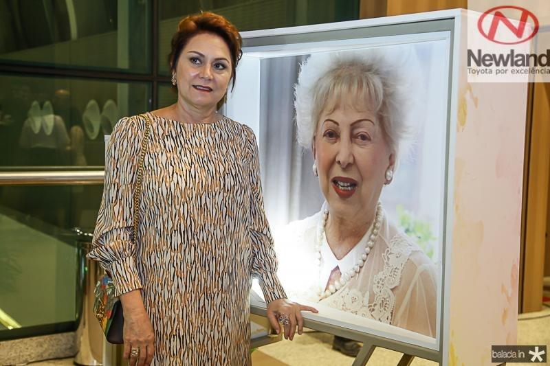 Paula Frota