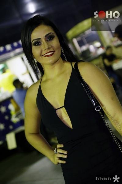 Emanuelle Oliveira