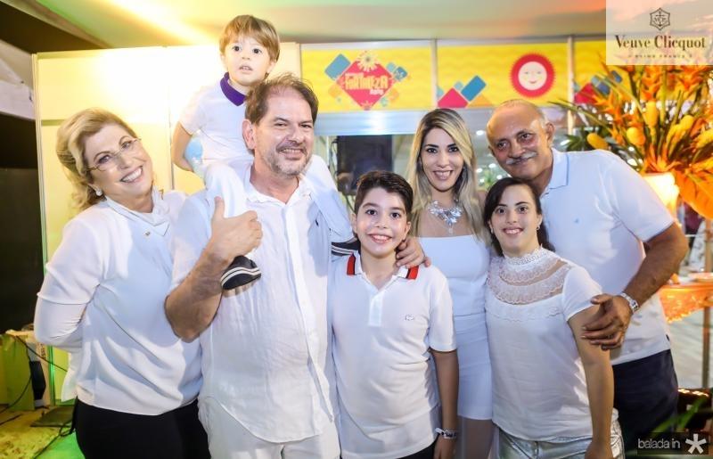 Pauline Habibe, Pedro, Cid, Mateus e Maria Celia Gomes, Carolina Habibe e Francisco Leitao