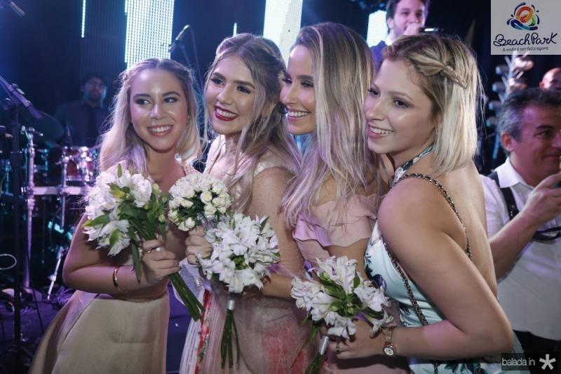 Maria Laura, Paula Linhares, Beatriz Barros e Karla Aguiar