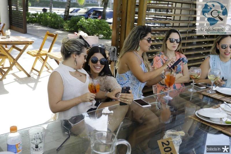 Alessandra Rosado, Juliana Melo, Diana de Castro e Suzane Benevides