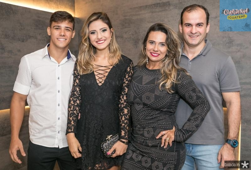 Ricardo Jose, Leticia Mosca, Carolina Mosca e Irapuan Pinheiro