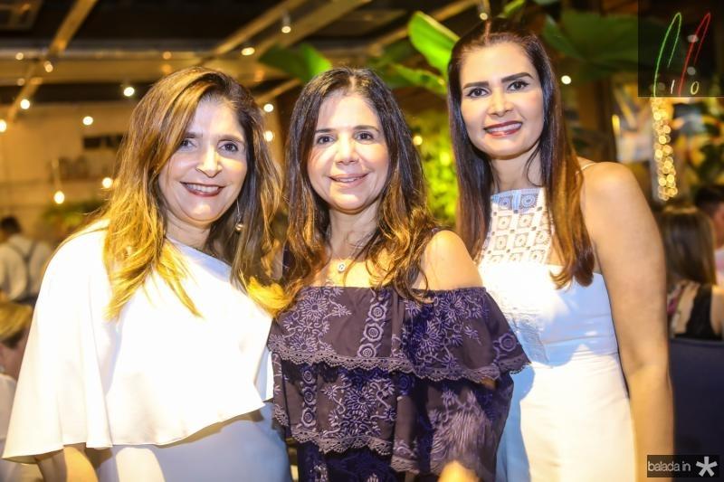 Cris Figueiredo, Maria Lucia Negrao e Lorena Pouchain