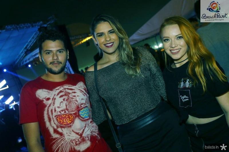 Pedro Araujo, Mayara Marinho e Patricia Dutra