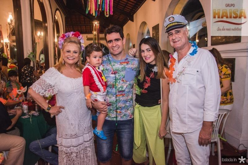 Excelsa, Isac, Arthur filho, Juliana e Arthur Costa Lima