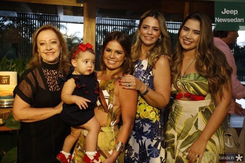 Tania Teixeira, Maria Victoria, Leticia Studart, Tais Pinto e Suzana Geleilate