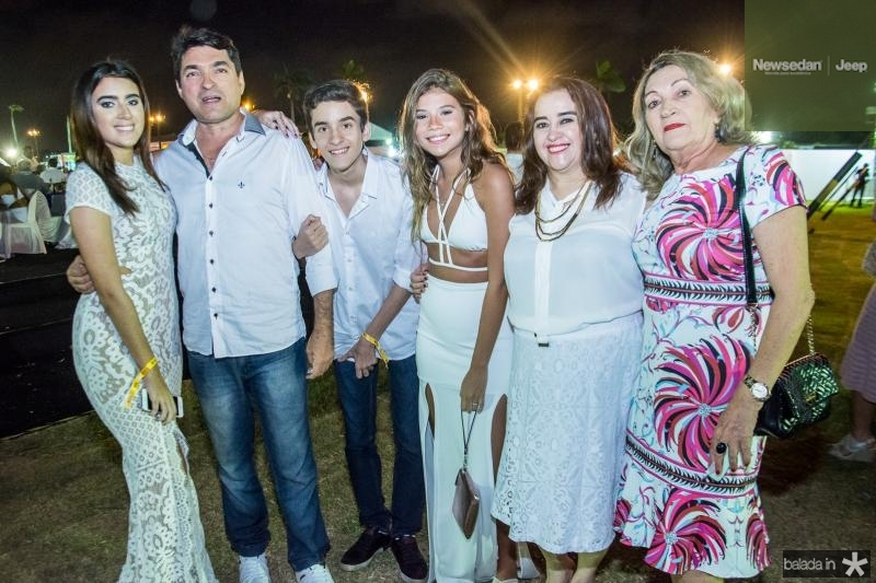 Livia Saraiva, Hudson Cruz, Guilherme Saraiva, Isadora Linhares, Lucide Goncalves e Odimar Cruz