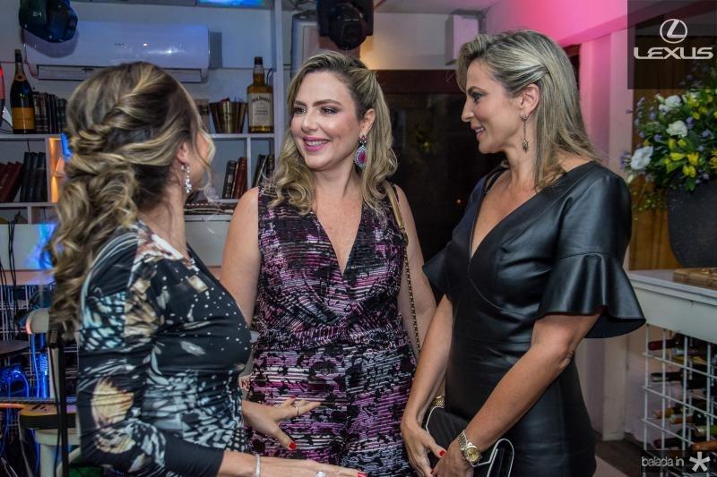 Adriana Queiroz, Suyane Dias Branco e Michele Aragao