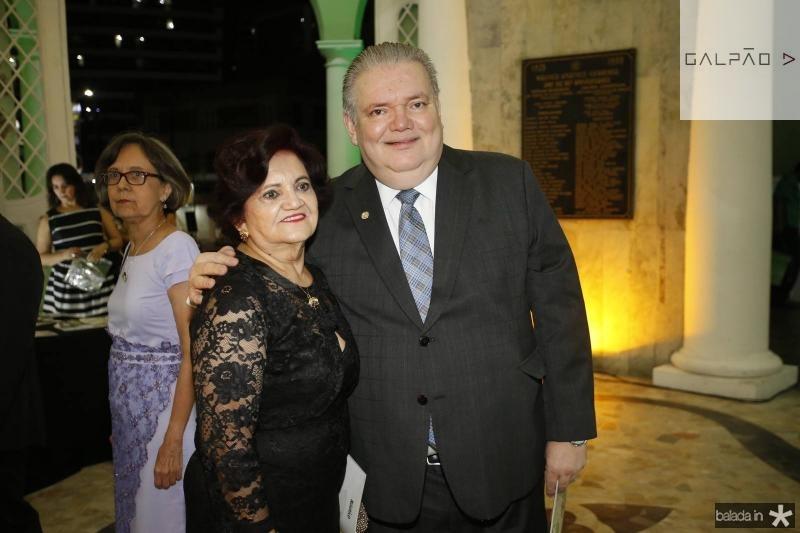 Nirvanda e Pedro Jorge Medeiros