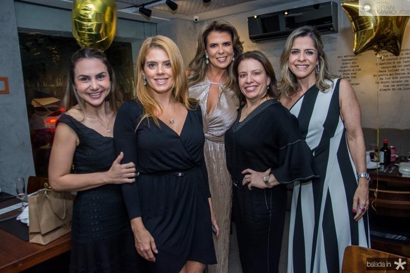 Adriana Queiroz, Leticia Studart, Alexandra Pinto, Zelia Gadelha e Carol Nogueira