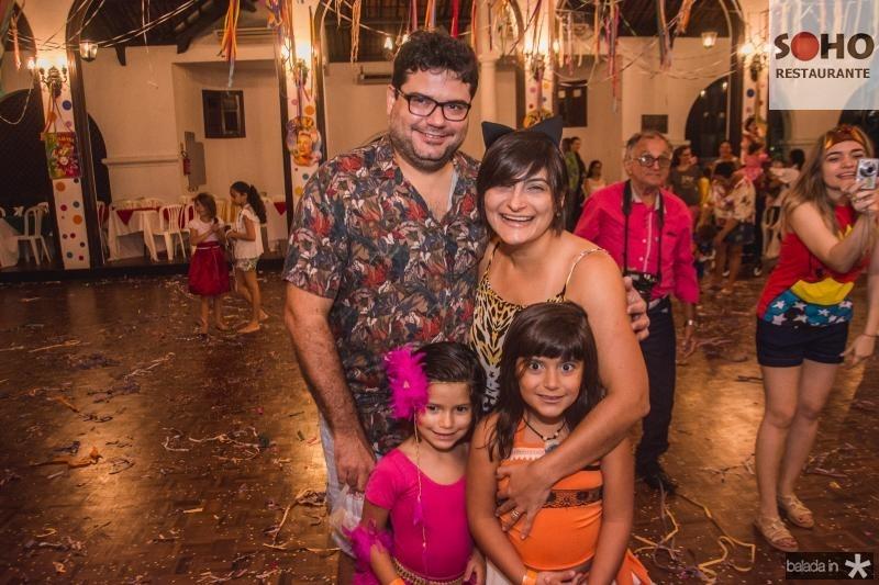 Gustavo Amorim, Lina, Luiza e Camila Girao