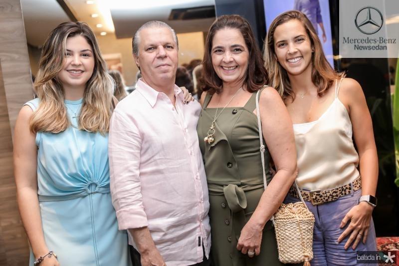 Claudia, Claudio, Giana e Alice Studart