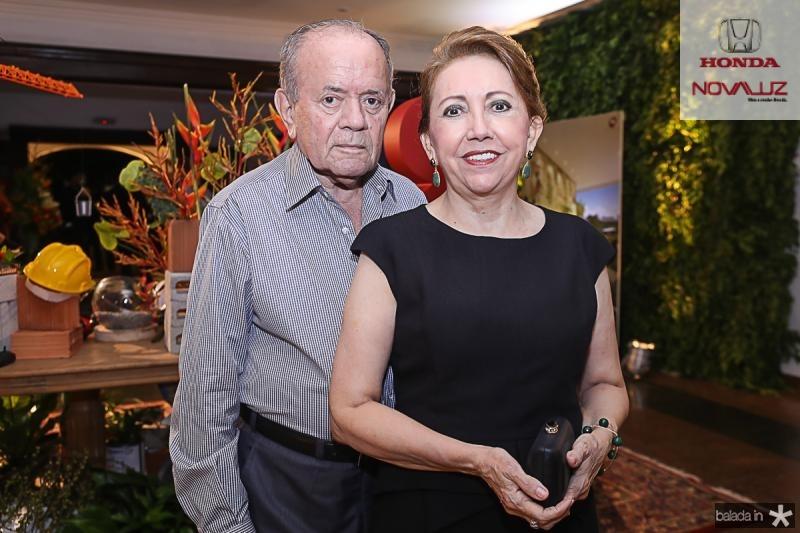 Pedro Henrique e Mana Saraiva Leao